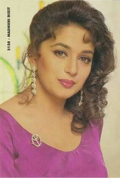 Madhuri Dixit Is nic Vintage Bollywood, Bollywood Girls, Bollywood Fashion, Bollywood Saree, Bollywood Actors, Beautiful Indian Brides, Most Beautiful Indian Actress, Indian Actress Pics, Indian Actresses
