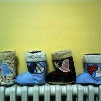 dárkový obal na Mikulášskou nadílku Slippers, Socks, Slipper, Sock, Stockings, Ankle Socks, Flip Flops, Sandal, Hosiery