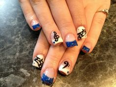 Blue music note nails