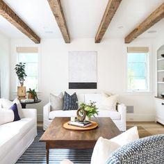Amazing 36 Minimalist Living Room Design Ideas https://homiku.com/index.php/2018/03/08/36-minimalist-living-room-design-ideas/