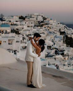 Modern and edgy wedding in Greece- Santorini Santorini Wedding, Greece Wedding, Edgy Wedding, Perfect Wedding, Wedding Hair, Grace Loves Lace, Santorini Greece, Mykonos, Travel Couple