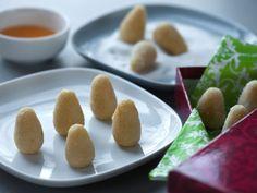 Orange-Scented Almond Cookies: Amygdalota me Orange Recipe : Cat Cora : Food Network Chocolate Week, Chocolate Drop Cookies, Almond Cookies, Shortbread Cookies, Food Network Recipes, Food Processor Recipes, Baking Recipes, Cookie Recipes, Cooking Channel Recipes