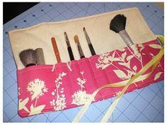 owen's olivia: 30 Fat Quarter Projects... could use a laminated cotton for this brush roll. Easy to clean if excess makeup gets on the fabric.