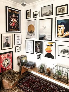 Gallery wall at home - interior art deco room decoration room . - Gallery wall at home – Art Deco interior room decoration room decor room - Decor Room, Living Room Decor, Living Spaces, Living Rooms, Eclectic Gallery Wall, Gallery Wall Art, Gallery Walls, Modern Gallery Wall, Living Room Gallery Wall