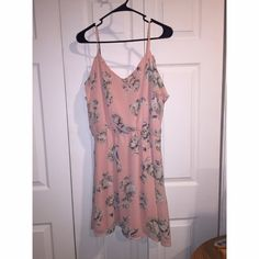 Charlotte Russe Dress! NWOT, fits true to size. Price firm unless bundled!! Charlotte Russe Dresses