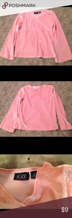 The children place stretch pink long sleeve top The children's place stretch pink long sleeve girl top. Size small/6. 90% poly 10% spandex the children place Shirts & Tops Blouses
