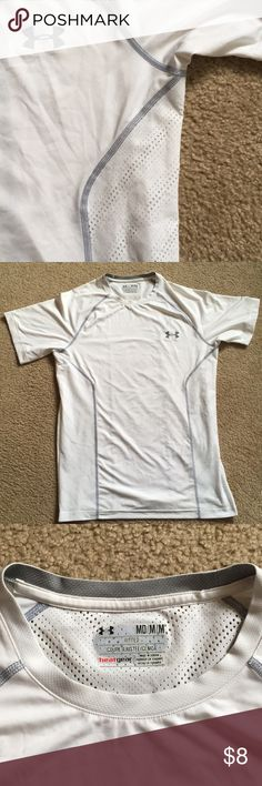 Under Armour Fitted T-Shirt Gently used, fitted t-shirt. Heat gear quality with breathable paneling on sides and back of shirt as seen in photos. Under Armour Tops Tees - Short Sleeve