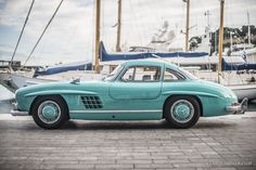 This Mercedes 300SL Gullwing is a cyan-coloured bird of paradise | Classic Driver Magazine