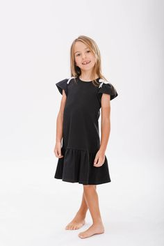 www.mamibu.com  #vestiti #bambina #baroni #madeinitaly #dress #minidress #babygirl #littlegirl #madeinitaly  #mamibu #kidsfahion #style