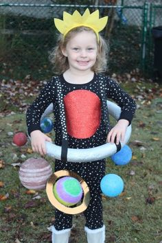 A Mighty Girl's 2015 Halloween Highlights - costume ideas Halloween 2015, Halloween Costumes For Kids, Halloween Crafts, Halloween Party, Children Costumes, Space Costumes, Cool Costumes, Kids Space Costume, Funny Costumes