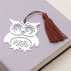 Laser-Cut Metal Owl Bookmark at Linda Anderson Plasma Cutter Art, Laser Cutter Projects, Laser Art, Laser Cut Metal, 3d Prints, Owl Art, Metal Artwork, Kirigami, Paper Cutting
