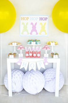 Check out these FREE printable Easter Party Supplies!!! And you can't miss her post on Pretty Parties on a budget, lots of great ideas, even if you don't use the free printables!!