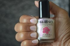 I'm not normally big on Nail Polish, but this is pretty darn cool. ~  Del Sol COLOUR-CHANGING Nail Polish