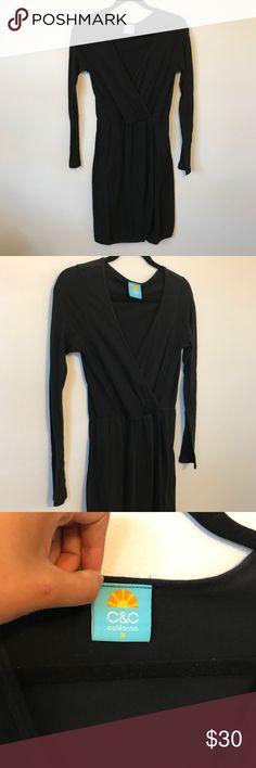 C & C California faux wrap dress EUC. V neck faux wrap dress. Bust 17 in waist 14-18 in, length 39 in sleeve length 25 in. C&C California Dresses Long Sleeve