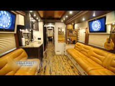 a sneak peek to HGTV's Celebrity Motorhomes-Zac Brown, Kelly Pickler!
