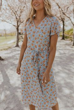 Office Outfits Women Casual, Casual Summer Dresses, Modest Dresses, Modest Outfits, Casual Dresses For Women, Cute Dresses, Clothes For Women, Summer Dress Modest, Summer Church Outfits