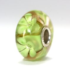 Just listed!  A hand crafted flower Trollbeads Unique bead in a calming meadow green. http://www.trollbeadsgallery.com/classic-unique-5368/ $45