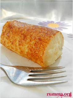 Sütlü tatlılar Hafif tatlılar tatlı tarifleri Kazandibi tarifi büyük küçük herkesin sevdiği sütlü tatlılardan birisidir.Gerçekten çok pratik ve güzel bir tatlı , yapımı çok basit..Siz de bu pratik kazandibi tarifini yaparak sevdiklerinizi sevindirebilirsiniz..Her gün yap , her gün ye..:)) Diğer tepside kazandibi tatlısı tarifine de bakmalısınız Tavada kazandibi tarifi için gerekli olan Malzemeler: 1 litre …