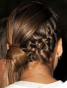Jessica Alba's braided side pony