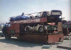 Porsche Team hauler