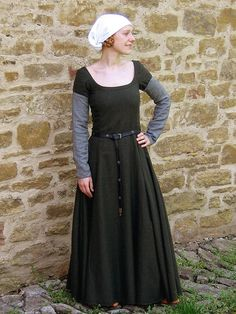 A work dress for sure. Belt can hold stuff, dark sleeves mean ink is less of an issue, a robe over it should be fine but it's good without as well. http://www.sew-mill.com/zdjecia/img_2506c.jpg