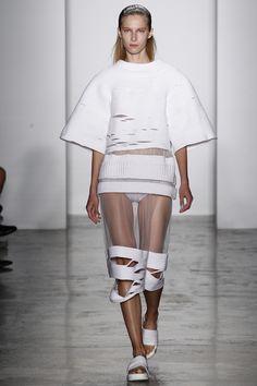 Parsons MFA Spring 2016 Ready-to-Wear Fashion Show @sommerswim