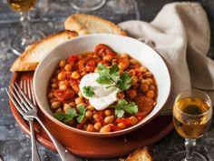 Rezept: Kichererbsen-Knoblauchwurst-Eintopf mit Koriander