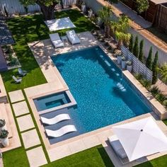 Swimming Pool Landscaping, Small Swimming Pools, Swimming Pool Designs, Landscaping Ideas, Small Yard Pools, Swimming Pool Waterfall, Swimming Pool Tiles, Swimming Pool House, Swiming Pool