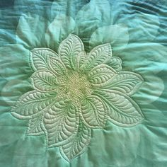 the fabric is the pattern Quilting Templates, Machine Quilting Designs, Quilting Projects, Quilting Ideas, Longarm Quilting, Free Motion Quilting, Stencil Patterns, Quilt Patterns, Whole Cloth Quilts