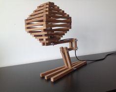 Little Hive - Houten tafel lamp door WoodOperation op Etsy