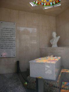 Cementerio de la Recoleta: Raúl Alfonsín