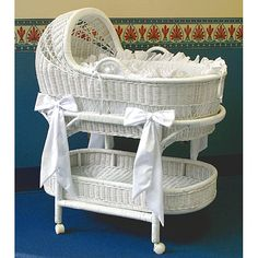 LA Baby Wicker Bassinet and Bedding Set - Overstock Shopping - Big Discounts on LA Baby Bassinets