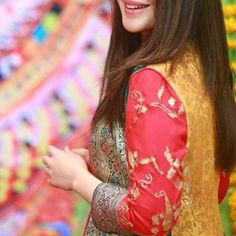 dp by shao Beautiful Profile Pictures, Profile Picture For Girls, Beautiful Girl Image, Stylish Girl Pic New, Stylish Girls Photos, Cute Girl Pic, Cute Girls, Stylish Mehndi Designs, Dps For Girls