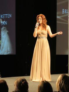 Ann Van den Broeck live