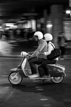 Antony Guerrero (protagonist and male narrator) and girlfriend Ariel (female narrator) on his scooter