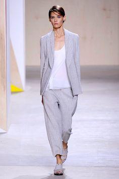 Boss Womenswear spring/summer 2016 collection show pictures | Harper's Bazaar
