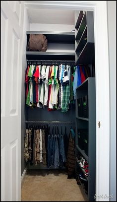 taking advantage of vertical space in a closet: build UP! ...no wasted space...