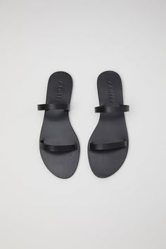 Black Sandals, Leather Sandals, Spring Summer 2018, All Black, Luxury, My Style, Shopping, Shoes, Wander