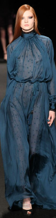 Monique Lhuillier Fall 2015 Ready-to-Wear