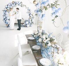 Blue wedding decor - New Site Wedding Arch Flowers, Wedding Bows, Bridal Shower Decorations, Wedding Decorations, Decor Wedding, Traditional Wedding Decor, Fairy Lights Wedding, Tropical Bridal Showers, Dusty Blue Weddings