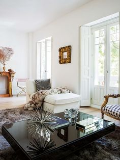 Living room antique furniture Leather Small Living Rooms Living Room Designs Living Room Decor Beautiful Living Rooms Pinterest 93159 Best Antique With Modern Images In 2019 Home Decor Living
