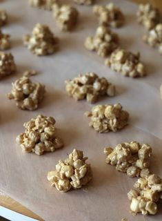 These Peanut Butter Cap'n Crunch Clusters are the perfect sweet and simple snack idea! They're quick, easy and tasty bite-sized treats for your kiddos! Christmas Food Gifts, Holiday Snacks, Holiday Recipes, Christmas Goodies, Holiday Candy, Holiday Cookies, Christmas Recipes, Holiday Ideas, Cupcake Recipes