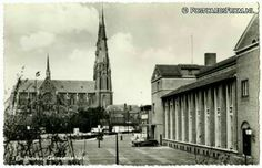 Eindhoven. Gemeentehuis en Catharinakerk.