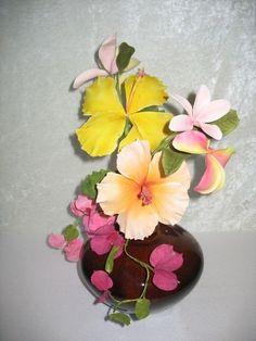 Tropical Gumpaste Flowers Sugar Paste Flowers, Wafer Paper Flowers, Clay Flowers, Love Flowers, Frosting Flowers, Fondant Flowers, Fondant Numbers, Fondant Flower Tutorial, Sugar Art