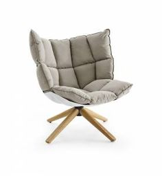 Armchair Husk -B&B Italia - Design of Patricia Urquiola Patricia Urquiola, Sofa Chair, Swivel Chair, Armchair, Egg Chair, Italia Design, Barcelona Hotels, Fathers Day Sale, Black Stains
