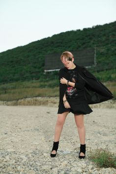Black Givenchy sweatshirt outfit - Mexican Fashion Blog Nancy Nannuck 2014 #streetstyle