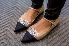 Miu Miu Flats - Gal Meets Glam When K meets G's mom & grandmom Crazy Shoes, New Shoes, Miu Miu Tasche, Cute Shoes, Me Too Shoes, Oxfords, Miu Miu Handbags, Gal Meets Glam, Kinds Of Shoes