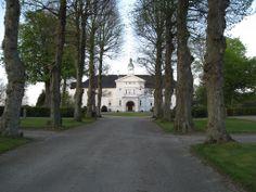 Høvdingsgård gods  12 km nordøst for  Vordingborg