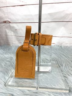 Authentic Louis Vuitton Luggage Tag Set with free gift -has minor marks -Beautiful Honey Vacheta color. Comes with Tag Poignet And free gift. Tag L H Belt L W Poignet L W Louis Vuitton Keepall 55, Louis Vuitton Luggage, Authentic Louis Vuitton, Free Gifts, Honey, Belt, Tags, Color, Beautiful