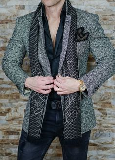 So many different looks one can get out of this amazing S by Sebastian Jacket. Check it out and share if you like Indian Men Fashion, Latest Mens Fashion, Mens Fashion Suits, Mens Suits, Blazer Fashion, Fashion Wear, Stylish Men, Men Casual, Moda Men
